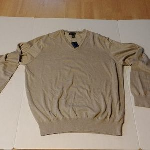 Van Heusen v-neck long sleeve tan sweater